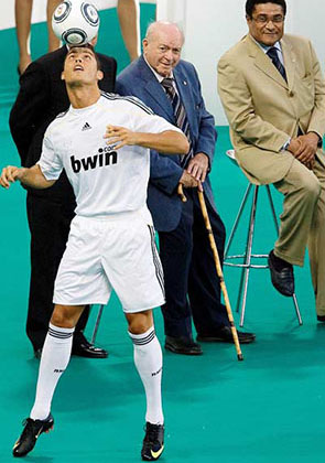 Cristiano Ronaldo welcome to Real Madrid